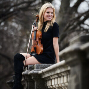 Violinistin gesucht – Violinistin Lara